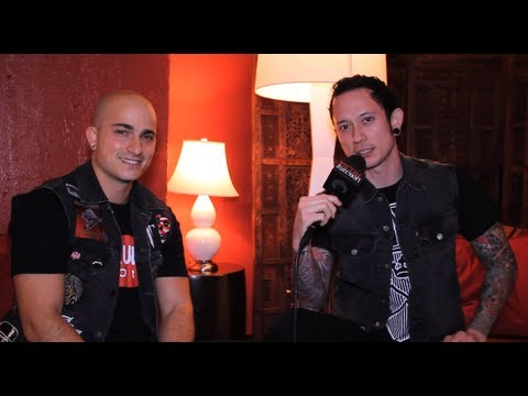 TRIVIUM on 'Vengeance Falls' and Girls on Metal Injection