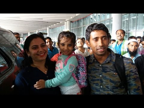 What is Wriddhiman Saha saying about the coaching style of Anil Kumble and Ravi Shastri?