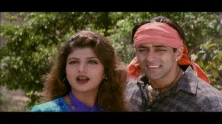 Salman Khan is Shocked to see Rambha in Short Clothes (Bandhan)