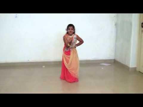 Rajinimurugan - Yennamma Ippadi Panreengalaema abi