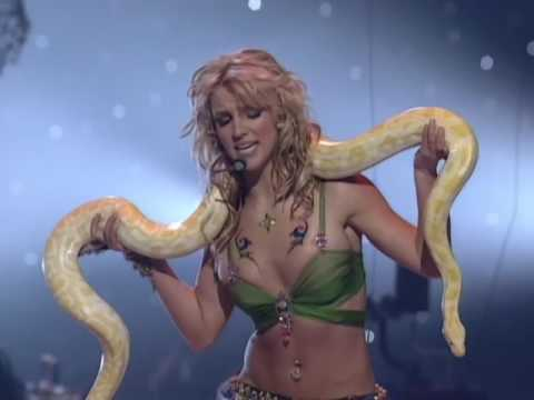 Britney Spears 'I'm a Slave 4 U' 2001 VMA Performance