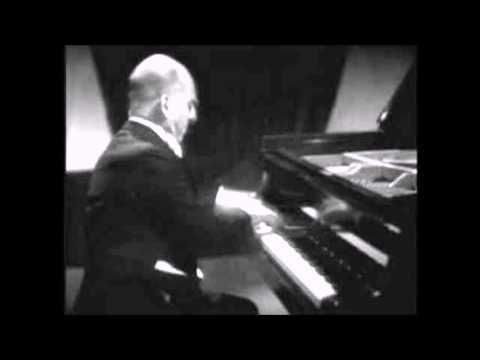 "Tchaikowsky ""Piano Concerto No 1"" Solomon"