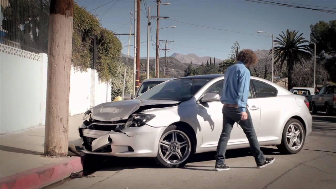 MARK BUYS DAMAGED CARS - YouTube