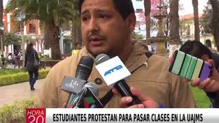ESTUDIANTES PROTESTAN PARA PASAR CLASES EN LA UAJMS