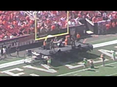 POTUSA Cleveland Rocks Browns Stadium