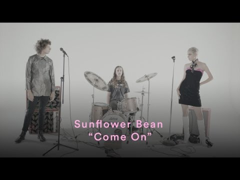 "Sunflower Bean - ""Come On"" (Official Music Video) 