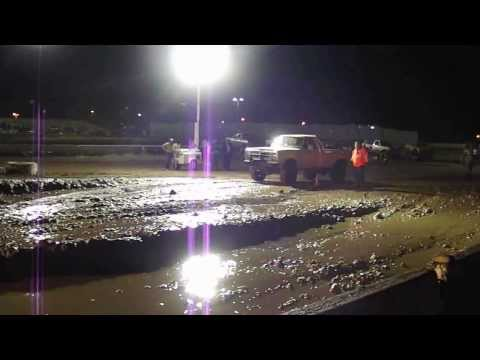 Prescott valley raceway mud bogs Travis Aston's first run
