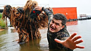 Что будет, если надеть маску Скряги на болотного монстра?