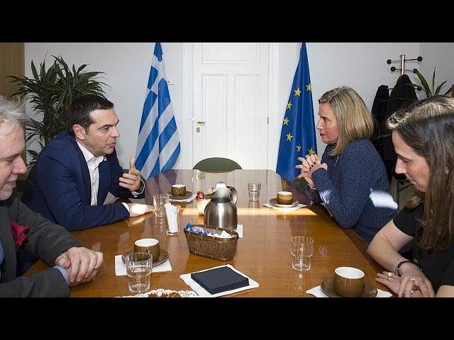 <h2><a href='https://webtv.eklogika.gr/i-epafes-tsipra-gia-ethnika-themata-ke-ikonomia' target='_blank' title='Οι επαφές Τσίπρα για εθνικά θέματα και οικονομία'>Οι επαφές Τσίπρα για εθνικά θέματα και οικονομία</a></h2>