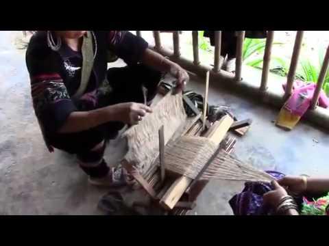 Hemp In Vietnam! Hemp weaving, dyeing and polishing, Sa Pa, Lào Cai Province, NW Vietnam