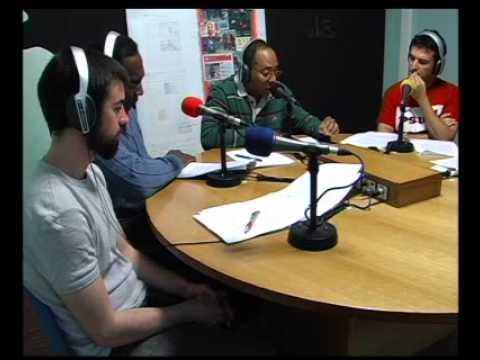 Mesa de radio-Poesía de...Fayad Jamís Bernal