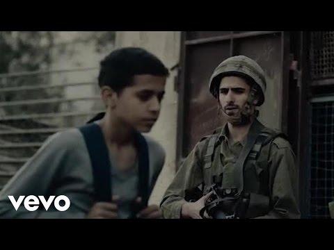 Calle 13 - Multi_Viral Ft. Julian Assange, Kamilya Jubran, Tom Morello