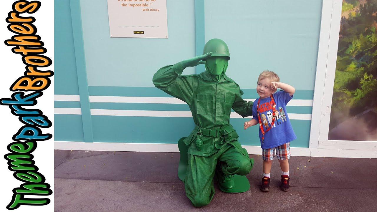Meet army men
