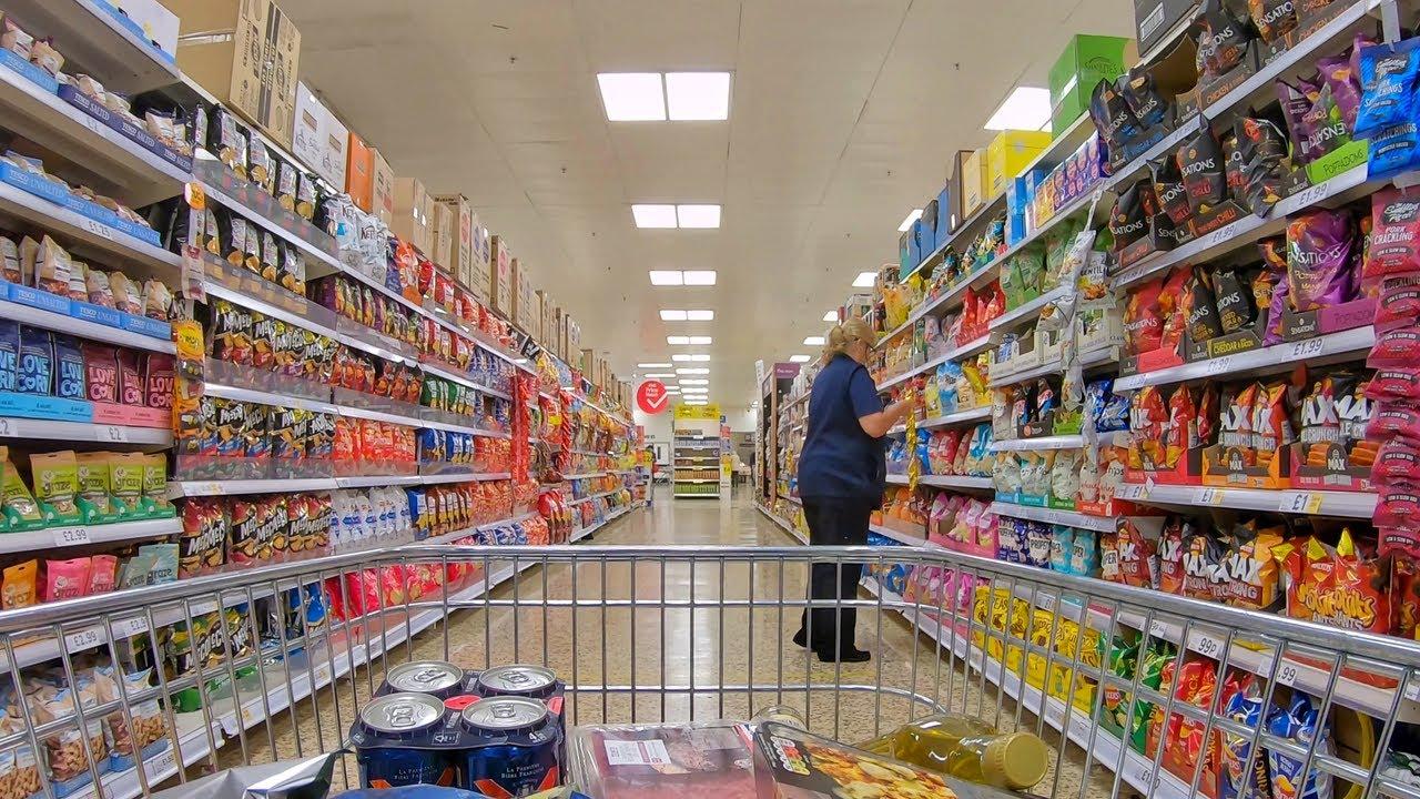 Download British Supermarket Shopping Walk - Tesco  / イギリスのスーパー   テスコ(日本語サブタイトル)