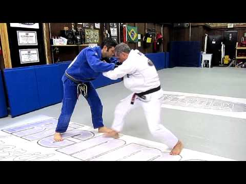 Takedowns w/ Julio Fernandez - Richmond BJJ Academy - July 2012 Technique of the Month