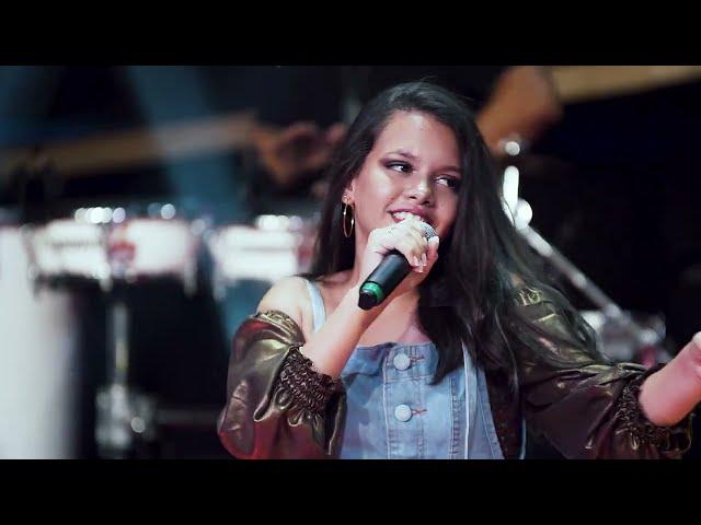 Brisa Star ft Thiago Jhonathan - Se Joga No Passinho (Videoclipe Oficial)