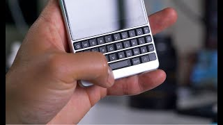 Video BlackBerry Key2 - Worth Getting Keyboard in 2018? download MP3, 3GP, MP4, WEBM, AVI, FLV Juni 2018