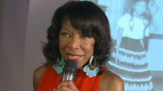 Singer Natalie Cole releases her first Spanish language a...