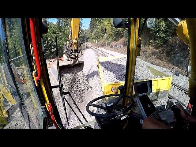 *Cabview*  Atlas excavator clean railway