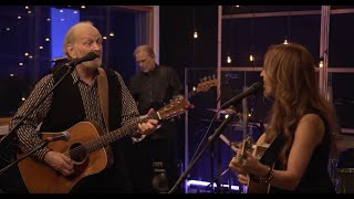Valdy Performs 'Rock and Roll Song' in Episode 2 Season 2 of The Taylor James Show