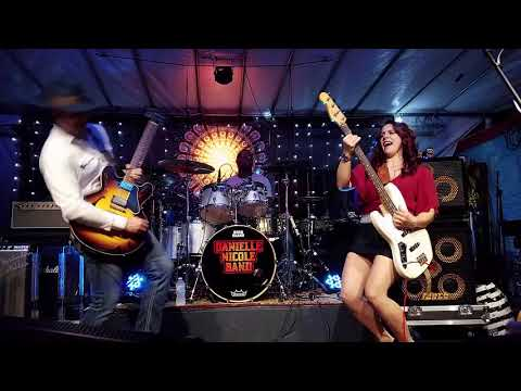 Danielle Nicole Band 2017 11 30 Stuart, Florida - Terra Fermata - Complete Show - 2 Cam Mix