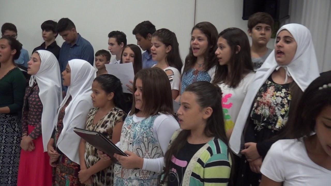 Culto das Crian�as dia 18.11.2017 - Adolescentes louvando ao Senhor