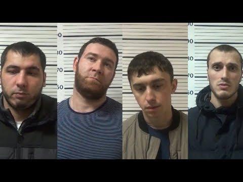 «Пьяная» банда: полицейские задержали подозреваемых в ограблениях на Думской