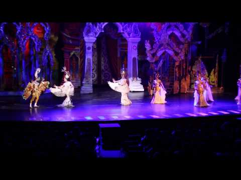 Pattaya Attractions – Tiffany's Show