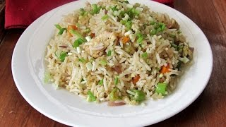 Chicken Fried Rice Recipe - Restaurant Style | Nisa Homey