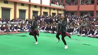 Desi rajasthan girl superb dance  Mi gente song girl sexy dance