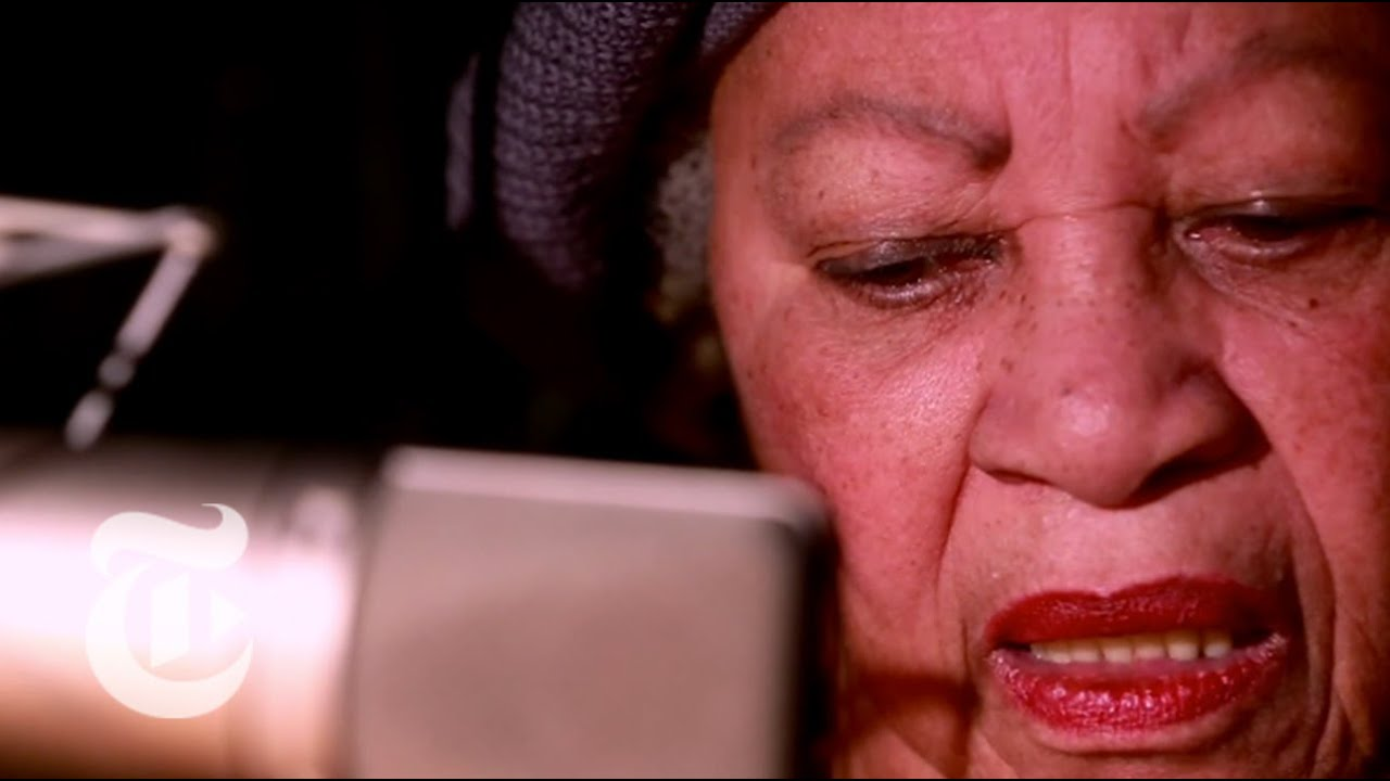 a description of toni morrison as one of americas most acclaimed and recognized writer of the twenti