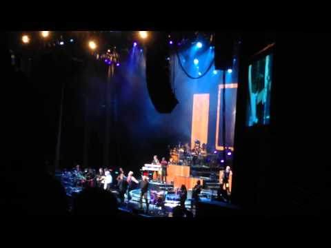 In The Stone + Dialogue Pts. 1 & 2 - EWF/Chicago (Live At The Xfinity Center)