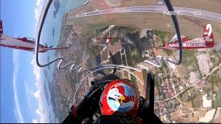Download GARUDA - Jupiter Aerobatic Team di Langkawi Airshow 2017!