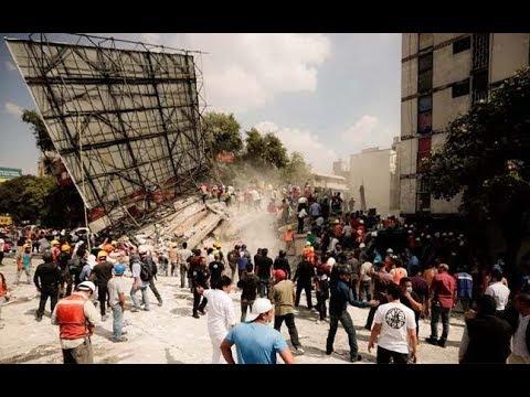 Massive 7.5 magnitude Earthquake ROCKS Mexico City