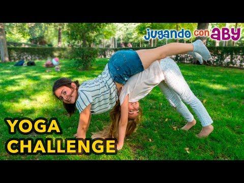 yoga-challenge-para-dos-con-silvia-sánchez.-yoga-poses.