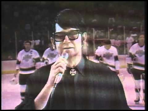 "Roy Orbison sings ""The Star Spangled Banner"" at the LA Kings Game - Oct 6, 1988"