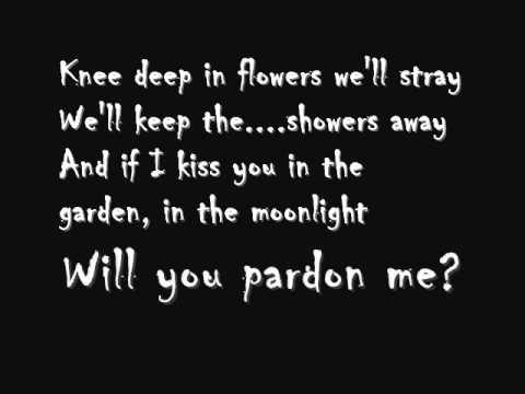 Tip Toe (Through The Tulips) Tiny Tim - Insidious Lyrics