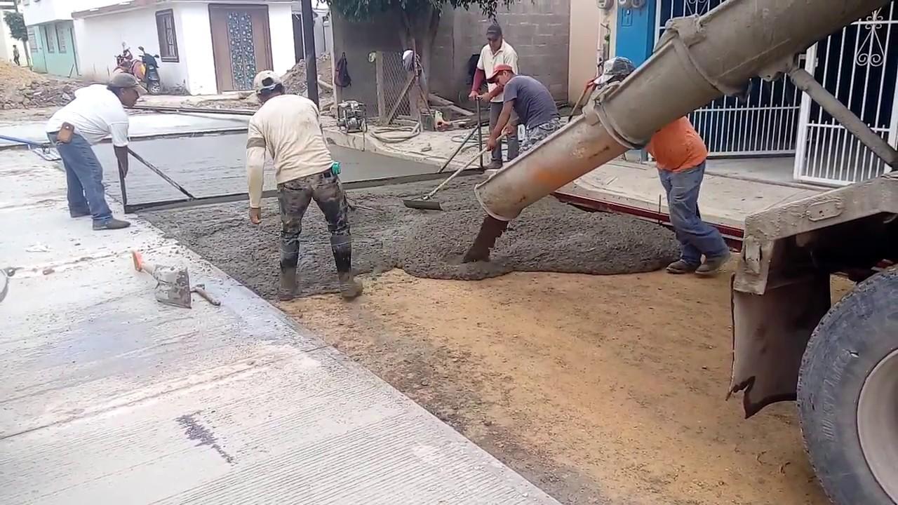 Construcci n de calle ejecuci n de pavimento 15 cm con for Construccion de piscinas en concreto