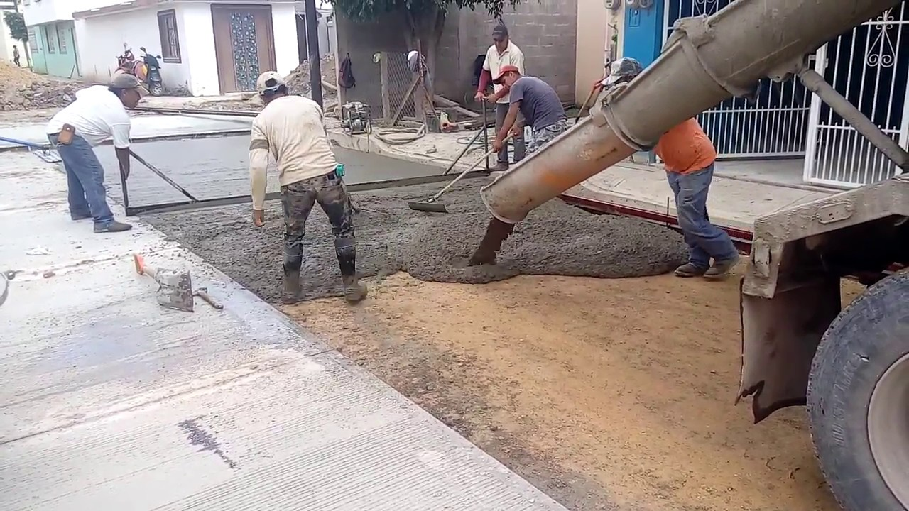 Construcci n de calle ejecuci n de pavimento 15 cm con for Pavimento de cemento