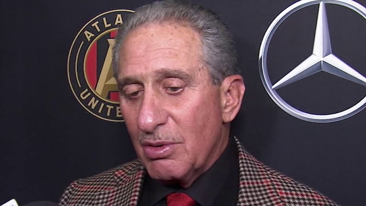 arthur blank speaks before atlanta united 39 s first soccer. Black Bedroom Furniture Sets. Home Design Ideas