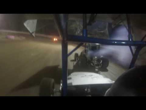 feature090916 Linda's Speedway