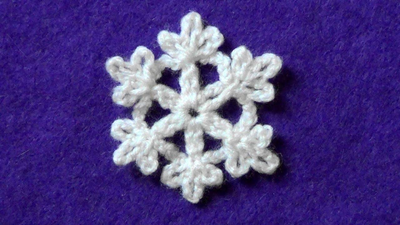 Как связать снежинку крючком