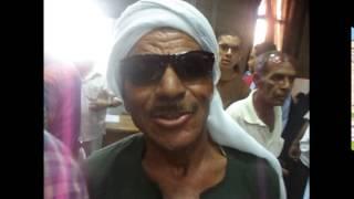 فلاح مصرى يشترى شهادات أستثمار قناة السويس الجديدة