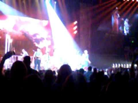 Taylor Swift - Mean (Live Speak Now Tour)