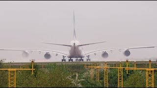 Airbus A380 vs Boeing 747 JET BLAST from massive engines