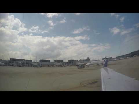 United Express 6012 Push Back and Taxiing