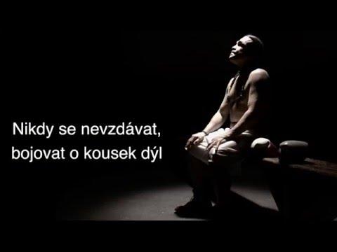 Olga - S odvahou (oficiální textové video)