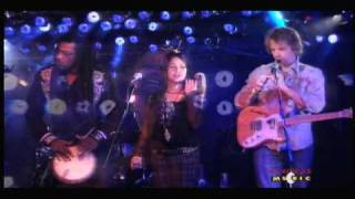 Rusted Root - Send Me On My Way - Live on Fearless Music