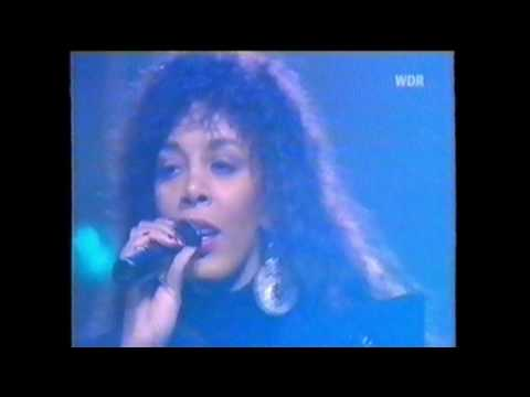 Donna Summer And Giorgio Moroder   Carry On (SandroCS Archives)