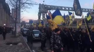 Марш защитников нации по улицам Днепра | Страна.ua
